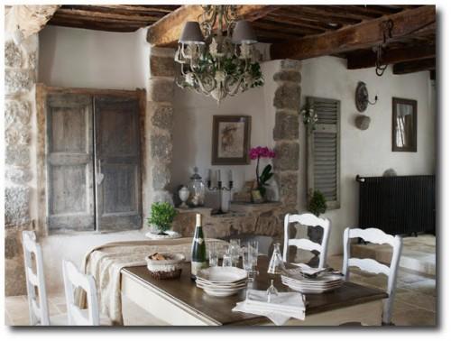 French-Provence-Style-La-Mas-Fougairolles-2-500x378